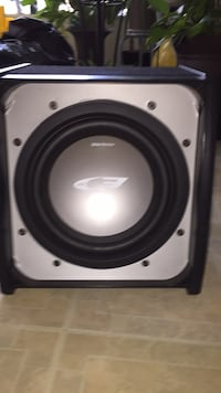 black and gray subwoofer speaker 28 km