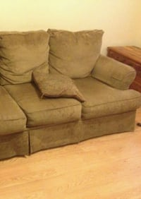 Tan Three Seater Couch Good Conditions  Laredo, 78041