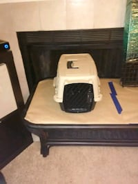 white and black pet carrier Decatur, 30035