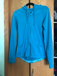 Women's Athletic  hoodie size small Edmonton, T6H