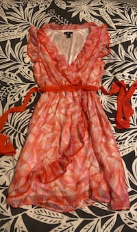 Pink and red ruffled dress size 38 EUR Guelph, N1H 6Y6