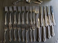 Oneida Deluxe Stainless Flatware Service For 8 or 53 Total Pieces
