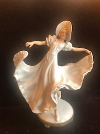 Wallendorf Germany porcelain Art Deco dancing lady on brass base Toronto, M2R 3N1