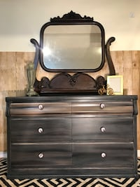 Beautiful Dresser and Antique Mirror Edmonton, T5P
