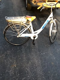 NEW Columbia Electric Bicycle  Crown Point, 46307
