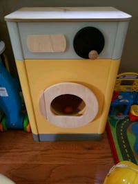 Wooden toy washing machine