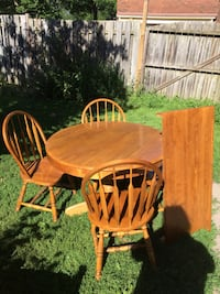 "OAK KITCHEN TABLE W LEAF 4 CHAIRS 41""W x60""L London, N6C 1J5"