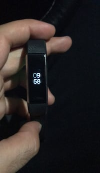 Fitbit alta hr! Almost new! Laval, H7T