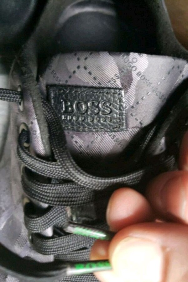 85f23765e94 Used Hugo boss shoes size 8 for sale in Brooklyn - letgo