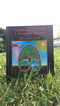 Permaculture a Designer's manual by Bill Mollison book Calgary, T2E 3B1