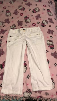 size 4 white pants Millbrook, 36054
