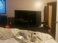 lg 42 inch smart tv with remote. works great  Calgary, T2T 1C9