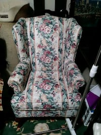 Wingback Chair New Floral Clean Nonsmoking
