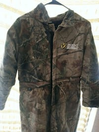 black and brown real tree camouflage zip-up jacket Fort Worth, 76103