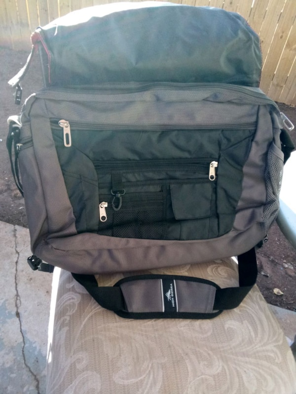 Laptop and tablet rugged case and bag storage 54b31cf3-7430-477e-b491-340f5b33a2f7