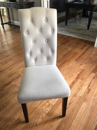 Set of four white tufted dining chairs Canton, 30115
