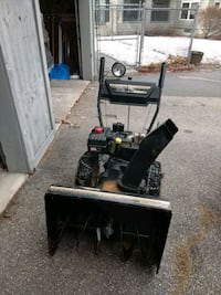 Mtd snow blower Franklin, 03235