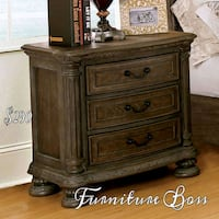 brown wooden 3-drawer chest Lake Elsinore, 92530