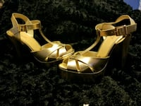 Pair of gold leather open-toe ankle strap heels Downey, 90241
