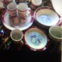 Christmas dishes  Springfield, 65803