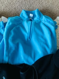 Fleece pullovers - Small size  Calgary