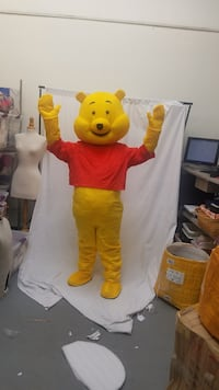 RENTAL WINNIE THE POOH ADULT MASCOT COSTUME FOR PARTIES AND EVENTS  Los Angeles, 91304