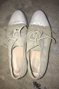 Pertini italian shoes size 8 LEATHER IN AND OUTSIDE. Toronto, M8Y 3J2