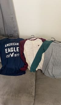 American eagle clothes size small