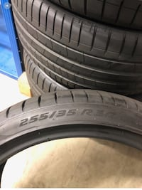 4 255/35r20 tire Oxon Hill, 20745