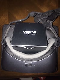 Samsung Gear VR headset brand new never used