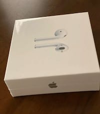 airpods with wireless charging case (second generation) Hyattsville, 20782