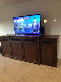 TV Stand Console with Motorized TV lift Fort Washington, 20744