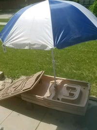 Water/sand table with umbrella Winnipeg, R2V 2W2