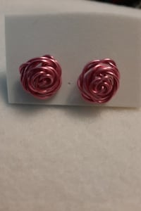 Wire rose earrings