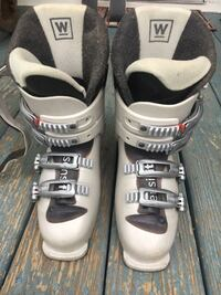 Women's Salomon Ski Boots  Reston, 20190