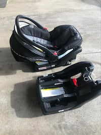 Graco car seat and 2 bases London, N5X 4K1