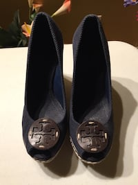 Tory Burch Wedges size 6 6.5
