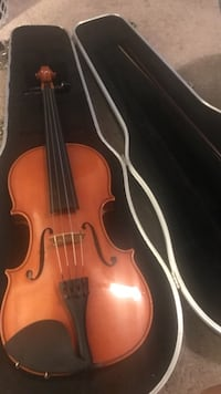 2010 strobel 15 inch viola used with case and bow