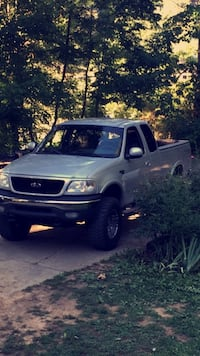 Ford - F-150 - 2001 Kingsport