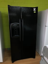 Maytag side by side refrigerator  Woodbridge, 22191