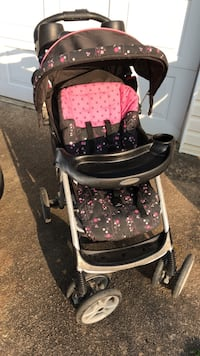 Baby's black and pink stroller-Need gone ASAP Flowery Branch, 30542