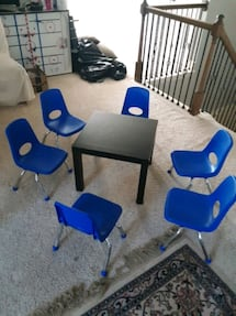 6 kid chairs w table