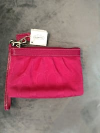 NEW WITH TAGS LARGER SIZE COACH WRISTLET  Saint Thomas, N5P 0A1
