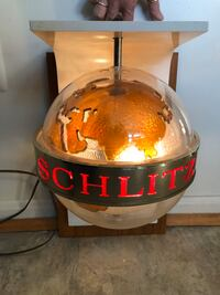 *Vintage* Schlitz rotating world Beer sign Woodbridge, 22193