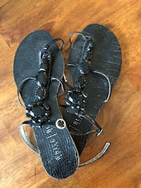 pair of black leather sandals Windsor