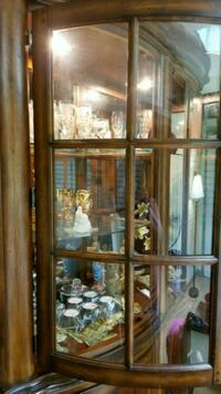 China cabinet Windsor, N8T 3C8