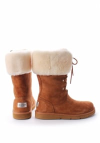 UGG Moncler Boots (5.5) MILTON