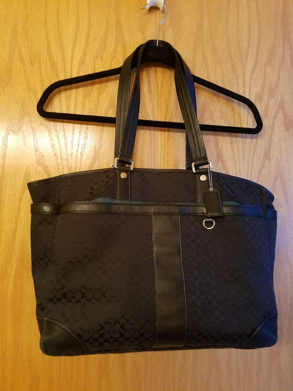 4e391aeefa54 Used Coach Bag for sale in Elk River - letgo