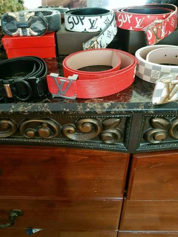 red and black wooden vanity table