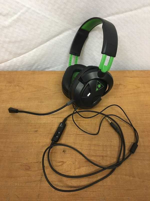 59fe72a2370 Turtle Beach - Ear Force Recon 50x Stero Gaming Headset - Xbox One and PS4  compatible